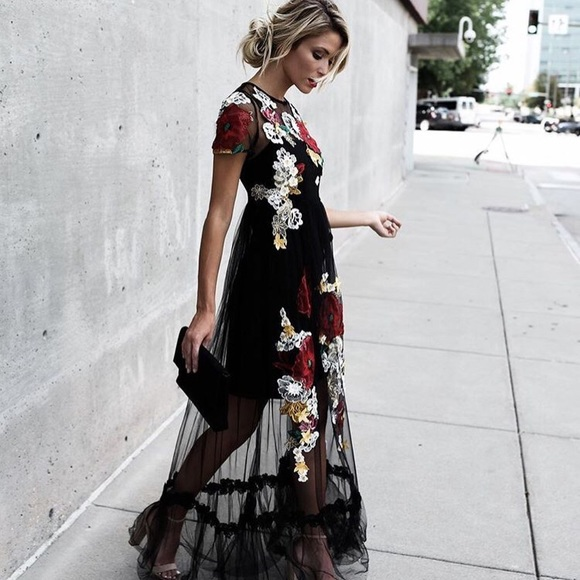 f7dcffb1a2eb l atiste Dresses   Skirts - L Atiste by Amy Floral Applique Maxi Dress